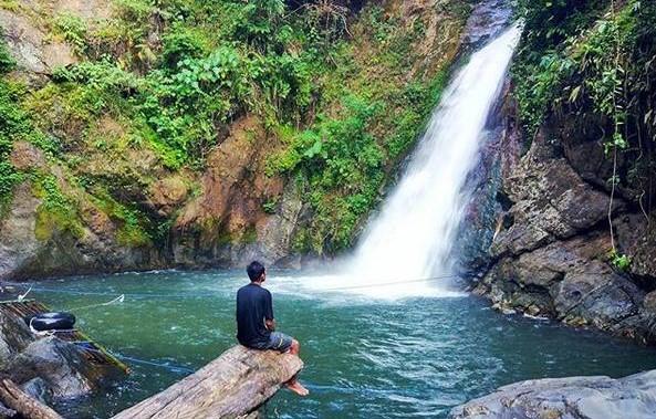 Destinasi Wisata Loksado Penyimpan Air Terjun Kedamaian