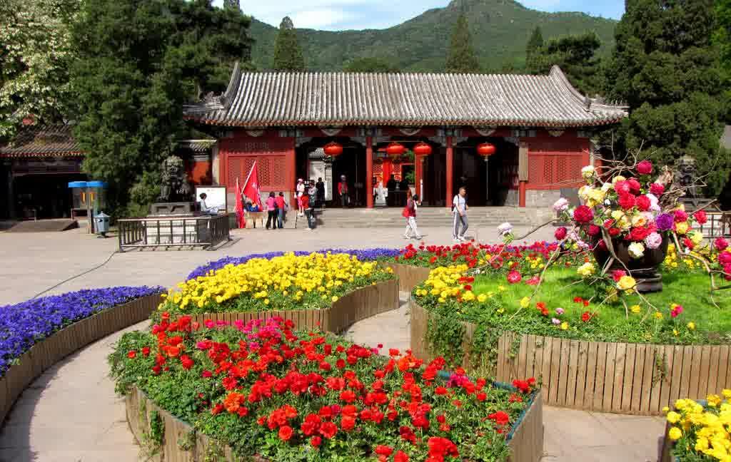 Inilah Destinasi Wisata Islami di China Yang Wajib Anda Kunjungi